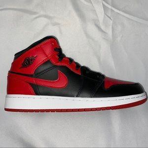 Nike Air Jordan 1 Mid GS Banned Gym Red 6.5Y 8W